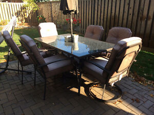 Patio Set - Table and 6 Chairs