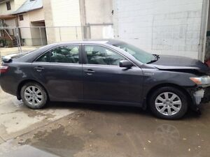 2007 Toyota Camry Hybrid low km all parts car included