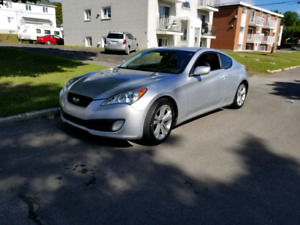 Hyundai genesis coupe 2.0l turbo