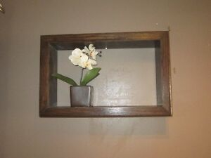 BOX SHELF FOR NIK NAKS, PICTURE & CANDLE HOLDERS