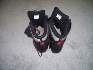 Men's ALPINA Touring T5 Plus Cross-Country SKI BOOTS Stratford Kitchener Area image 2