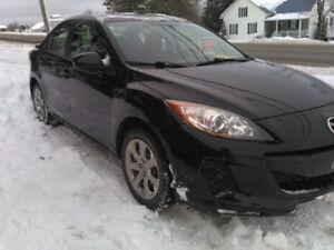 Mazda3 83000KM 7500$