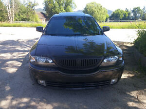 2005 Lincoln LS Ultimate V8 Sedan