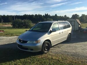 2002 Honda Odyssey with mvi for 14 months