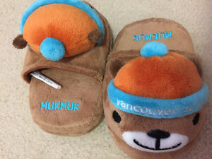 Mukmuk slippers - small size 4-6