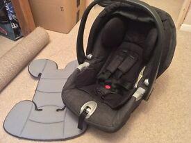 Mamas & Papas Primo Viaggio IP Car Seat with Fixing Base