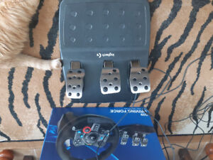 G29 Driving Force Racing Wheel w/ Pedals and Gear Shifter