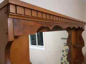 Dresser with mirror (2 pieces) 1977.  7 out of 10 condition.  Kitchener / Waterloo Kitchener Area image 5