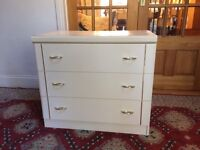 Attractive White Chest Of Drawers
