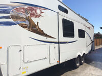 2011 Wildcat 32QBBS by Forest River