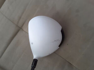 Taylor made golf SLDR white driver RH