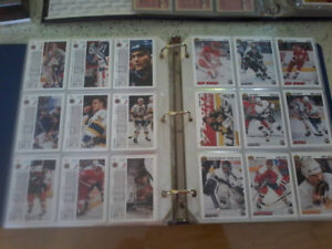 Hockey cards - lot(binders and boxes - vintage)