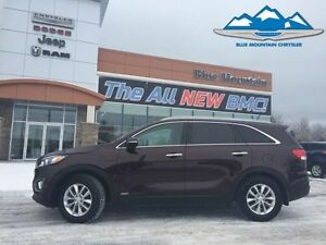 2016 Kia Sorento LX AWD  ACCIDENT FREE, HEATED SEATS, CD/MP3/SAT