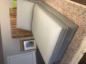 Like new chaise lounge
