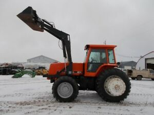 Allis Chalmers 8030 MFWD  Tractor w/ Ezze-On Loader