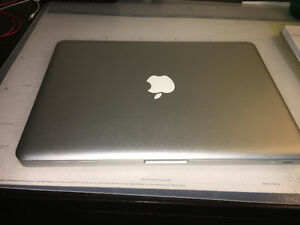 MacBook Pro 13-inch 2.5 GHz Intel Core i5