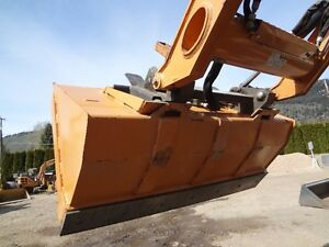 "66"" skidsteer foundry bucket"