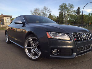 2010 Audi S5 Coupe - with warranty Edmonton Edmonton Area image 1