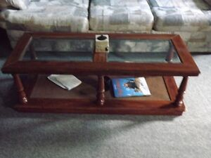 Chairs, Coffee & End Tables, Sofa Bed, Downriggers London Ontario image 4