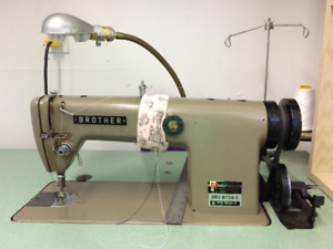 Machine a coudre industrielle Brother sewing machine DB2-B756-5