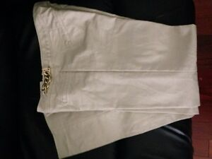 Michael Kors Dress Pants Size 4  Prince George British Columbia image 3