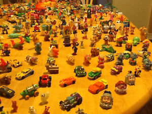 *WOW* 250 COMPLETE KINDER EGG TOYS AND GIANT BAG OF PARTS London Ontario image 4