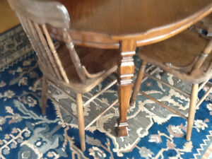 Oak Dining table w Pressback chairs