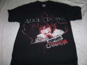 Alice Cooper-Trashes Canada t-shirt-Medium-Very good condition