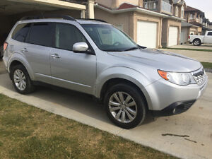 2011 Subaru Forester Limited SUV, 152000 km fully loaded