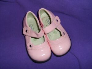 Pink Patent Leather Dress Shoes - Tendertoes Size 5