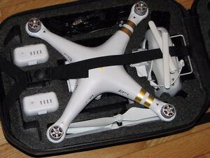 LNIB DJI Phantom 3 Professional 4K Camera, Plus Accessories