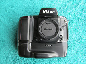 Nikon F90X Film Camera (Body only) with MB-10 Battery Grip