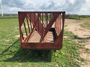 Hay feeder for sale