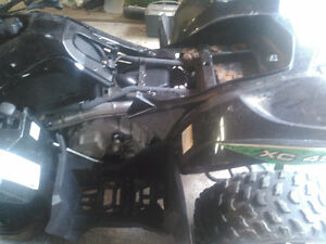 2012 Arctic cat 450, parting out