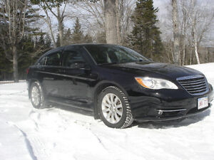 2012 Chrysler 200-Series Sedan