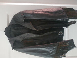 Vintage ladies Harley Davidson leather jacket.