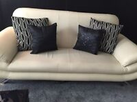 3seater&2seater cream leather suite great condition