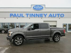 2015 Ford F-150 XLT SuperCrew 5.5-ft. Bed 4WD Peterborough Peterborough Area image 9
