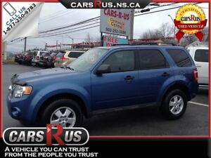 2010 Ford Escape XLT....includes 4 FREE winter tires!!!