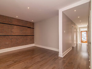 RARE! Absolutely Stunning and renovated flat in Prime Plateau l