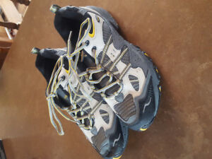 Turntec Hiking Shoes (size 10) for Men