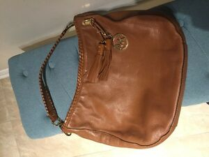 Michael Kors handbag in light brown leather with gold hardware