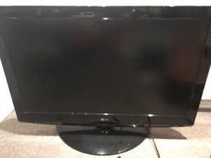 37 inch LG flatscreen television for sale