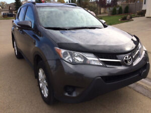 2015 Rav4 for sale with low kms