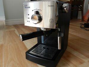 Machine a Espresso Saeco Poemia