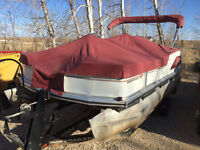Bass Buggy 18 pontoon with 30 HP 4 stroke Merc
