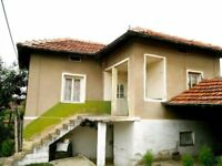 2-storey house with a well maintained garden near Vratsa in Bulgaria