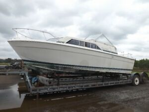 28' Chris Craft for Parts