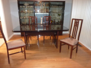 Dining  set with wall unit