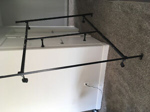 Queen / King size metal bed frame